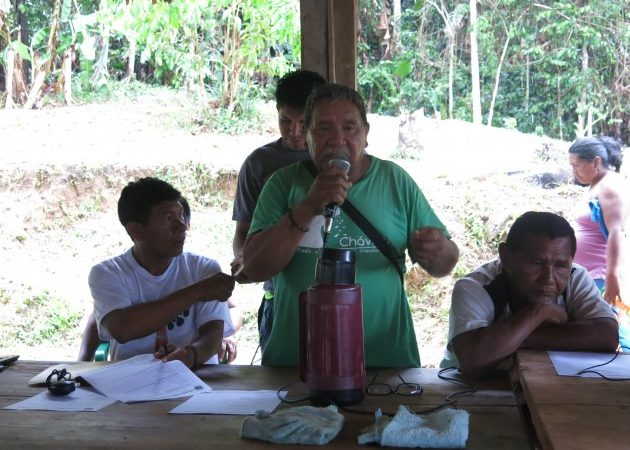 "Cayetano Pérez, general chief [leader] of the Ye'kuana and Sanumá people clearly expresses his opinion regarding the indigenous people who practice mining. ""I as chief [boss] have not given them permission to mine. Now comes the government with Arco Minero. [...] some of us have become corrupted [working in the mines]. Mining is not out job. [...We] are acting wickedly, mistreating our brothers. Photo: Minerva Vitti, used with permission."