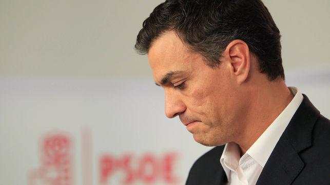 Pedro Sánchez, protagonista de una crisis política vivida con enorme intensidad en las redes sociales