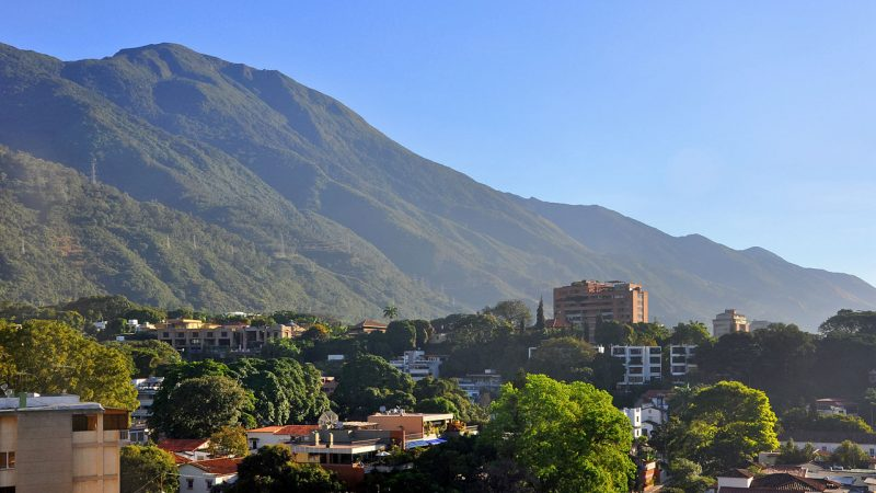 "According to Adriana Herrera: ""There are many people full of optimism, creating projects and making them possible in this capital full of contrasts. Each group, every effort, is a respite for the residents of Caracas, and these are just some of the initiatives which leave their positive mark on the city."" Photo of Caracas by Wikimedia Commons, in the Public Domain."