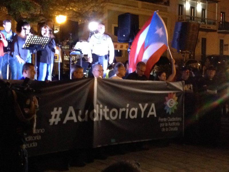 Algunos de los líderes a su llegada a la Plaza Colón del Viejo San Juan. Fotografía: Alberto Alonso