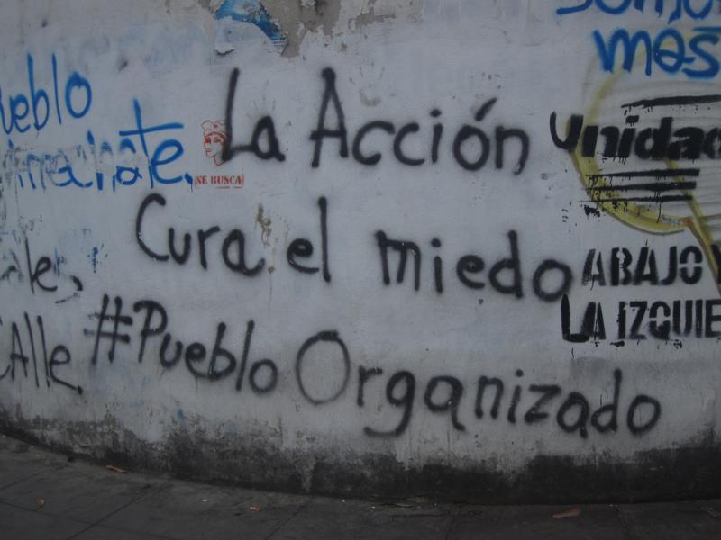 """""""La acción cura el miedo, #PuebloOrganizado"""". Foto del autor, Rafael Uzcategui"""