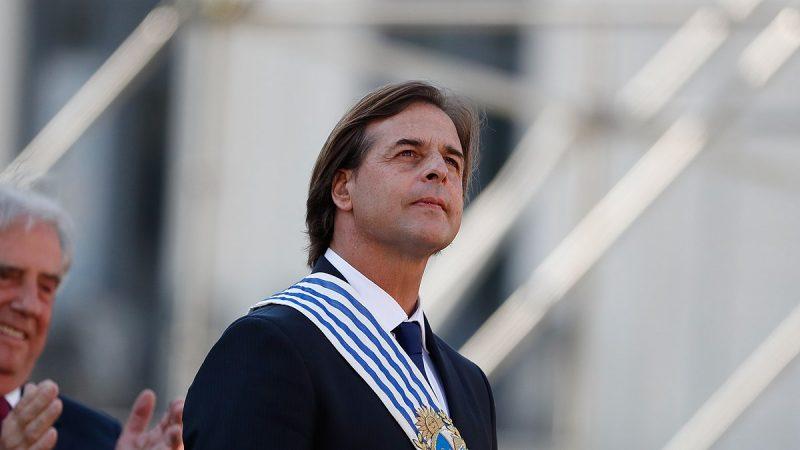 Foto nga Luis Lacalle Pou gjatë ceremonisë së dorëzimit, 1 Mars 2020. Foto nga Alan Santos / Wikimedia Commons (CC BY 2.0)