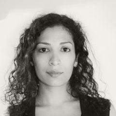 Un pequeño retrato de Yanina Almada